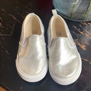Silver No Lace Loafers